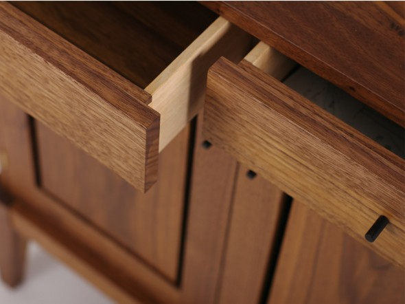 Ailbhe's Bedsides detail